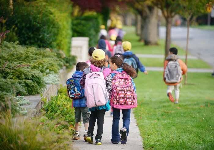 Caro scuola, per i 'primini' l'intero corredo diventa proibitivo