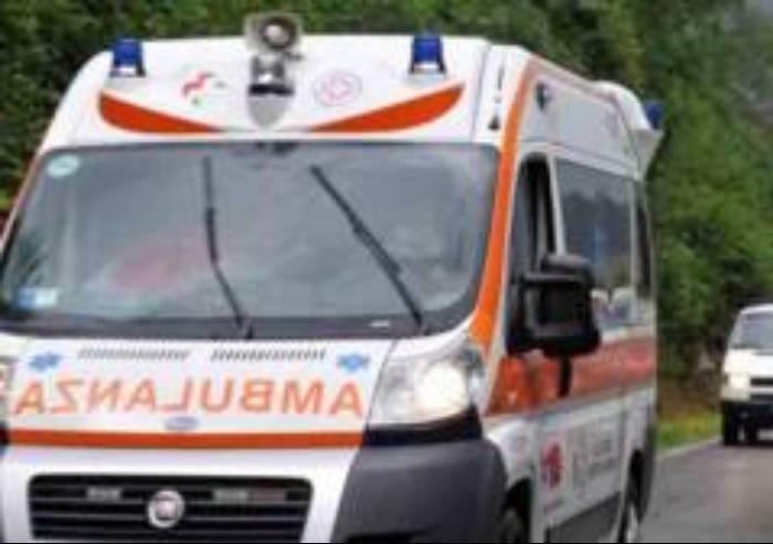 Frontale sulla Fondovalle: muore motociclista di 74 anni