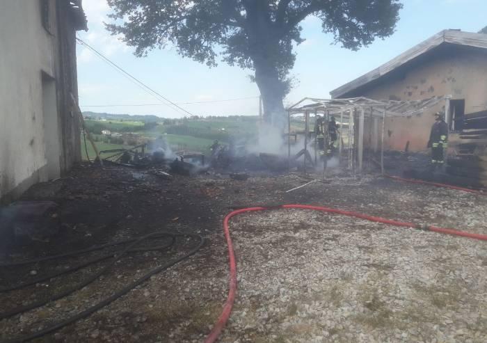 Festa e casa in fiamme: rogo a Monteforco di Pavullo