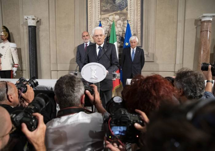 Ultimatum Mattarella ai partiti: 'Entro martedì o maggioranza o voto'