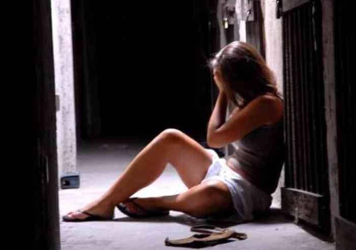 Pugno all'ex compagna: ultima violenza prima del carcere