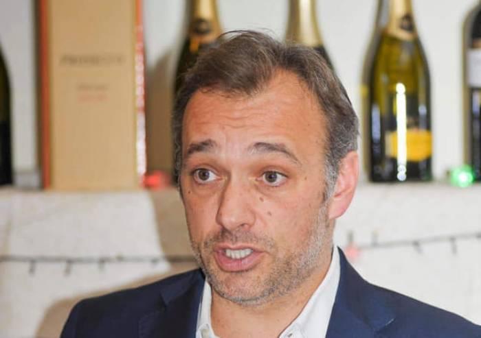 Il Pd dà mandato a Zingaretti per il Conte bis: solo Richetti dice no