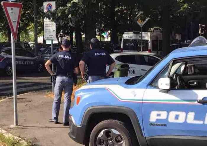 Poliziotti 'angeli custode' per due anziani modenesi