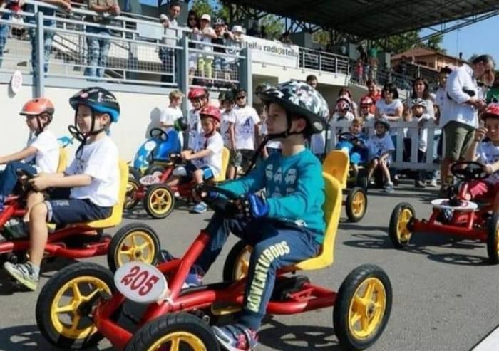 Modena, torna il Gp auto a pedali. E stavolta corrono anche gli adulti