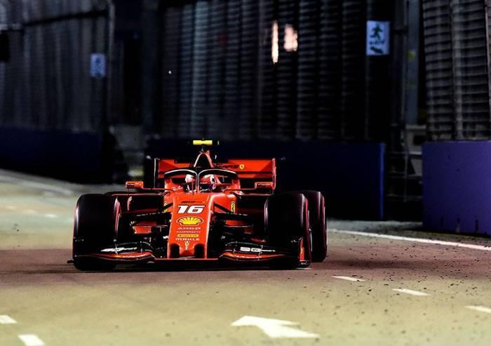 Ferrari, Leclerc non si ferma più: pole position a Singapore