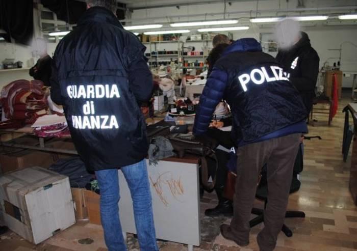 Capi contraffatti: tre siti e-commerce chiusi e 1.700 capi sequestrati