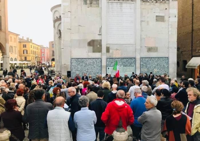 Modena, la sinistra sostiene i curdi e il centrodestra latita