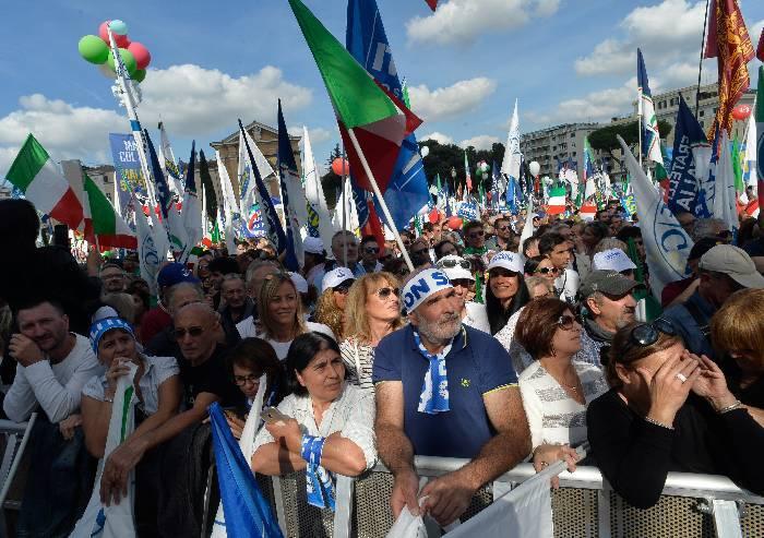 Piazza San Giovanni gremita per Matteo Salvini