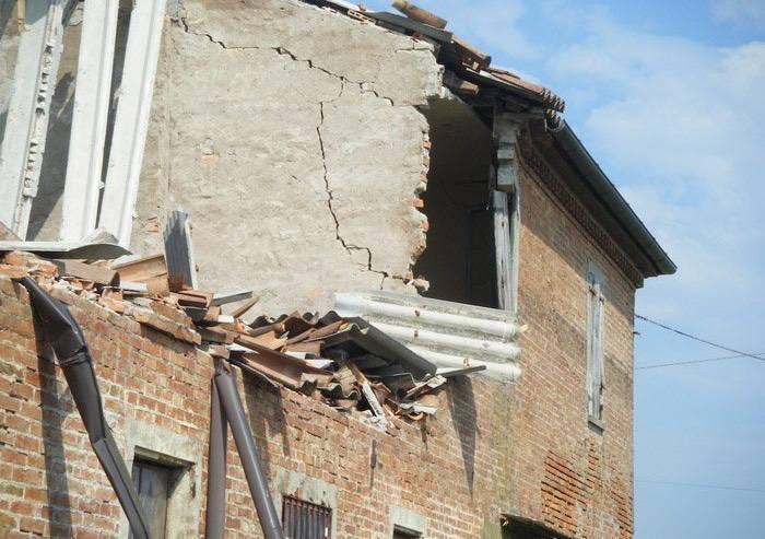 Sisma, rimborsi interessi mutui: La regione verificherà esclusi