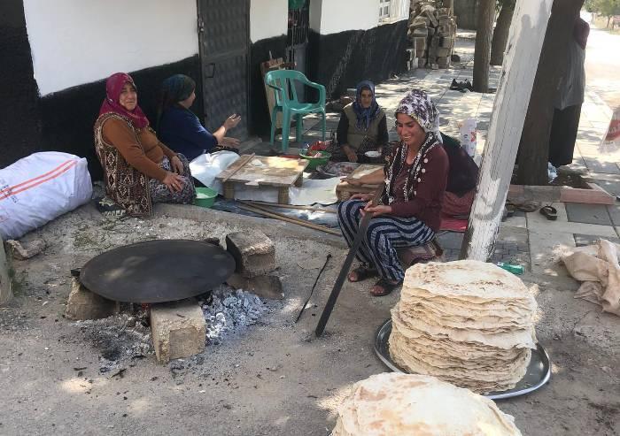 Volontari modenesi al confine della Turchia, tra gli sfollati siriani