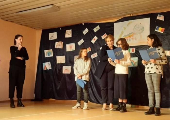 Modena, scuola in festa per l'inaugurazione della biblioteca Galilei