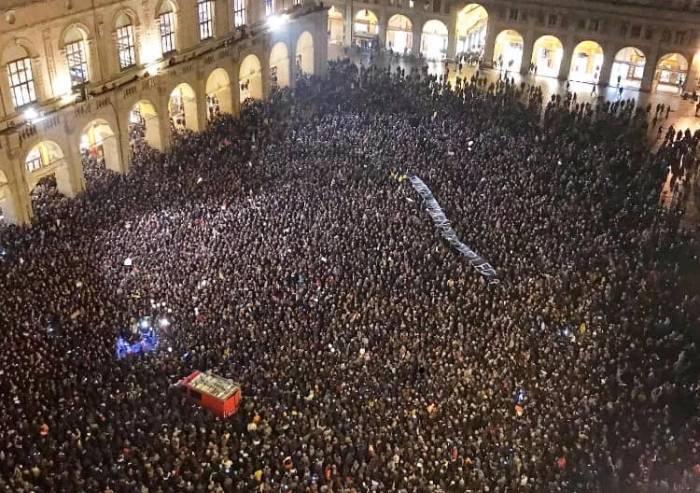 Primo round Borgonzoni-Bonaccini: la piazza di Bologna boccia la Lega
