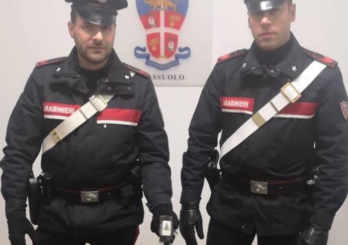 Carabinieri fermano due italiani con quasi un chilo di hashish: arrestati