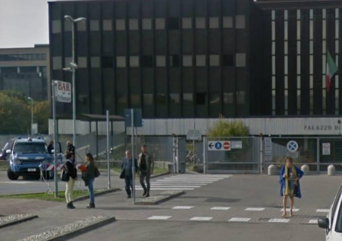 Allarme bomba, evacuato il tribunale di Reggio Emilia