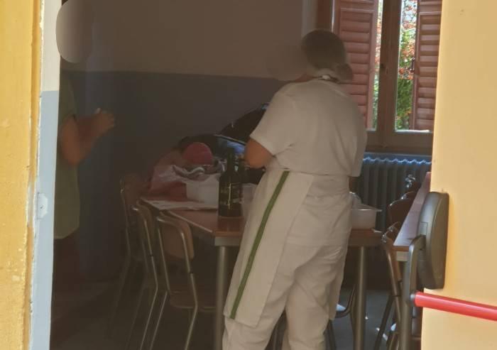 'Pascoli, bimbi a pranzo nelle aule sanificate dopo le lezioni'