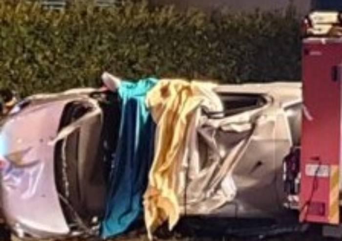 Fiorano: si rovescia con l'auto, muore 29enne di Maranello
