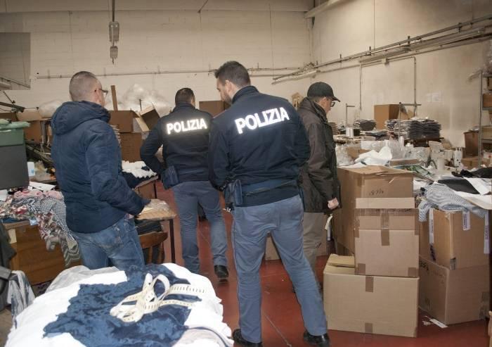 Abbigliamento Carpi, manodopera clandestina: due denunciati
