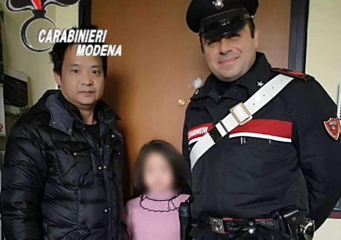 Carpi, vaga a 7 anni per strada: carabinieri la riportano a casa