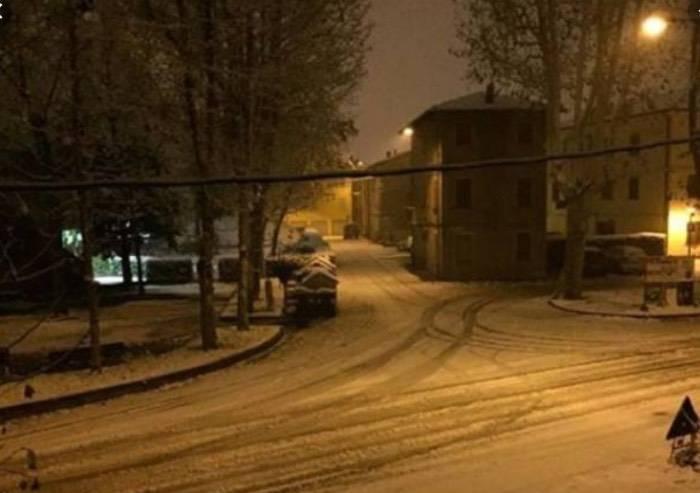 Domani possibili nevicate in Emilia-Romagna, anche a basse quote