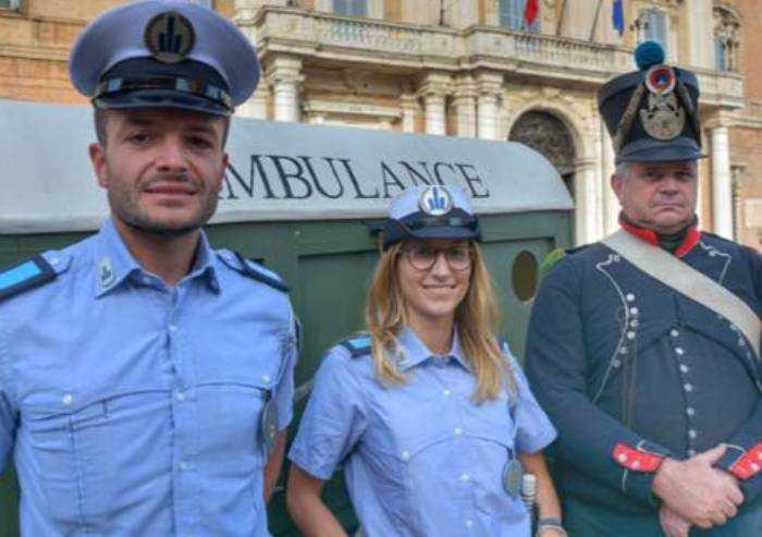 Vigili Modena attivi in eventi privati, ecco quando il Comune non paga