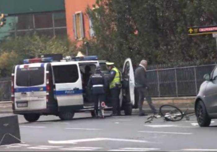 Auto investe anziano in bicicletta, muore 76enne modenese