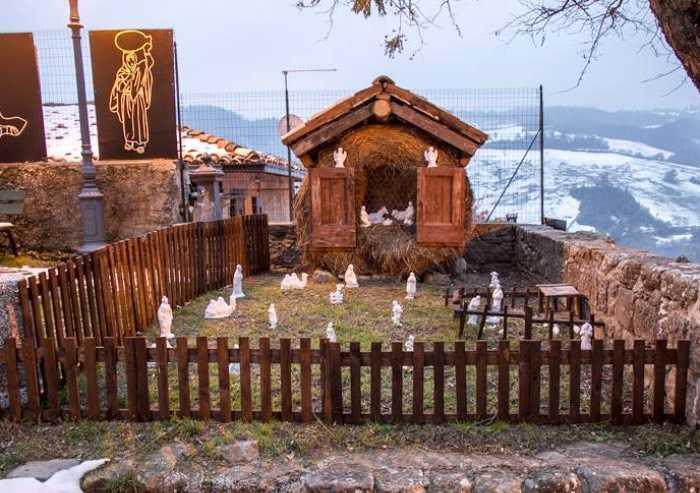 A Montalbano di Zocca 72 presepi lungo le vie del borgo