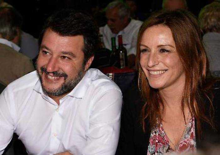 Borgonzoni e Salvini: 'Pd ha trasformato Emilia Romagna in pattumiera'
