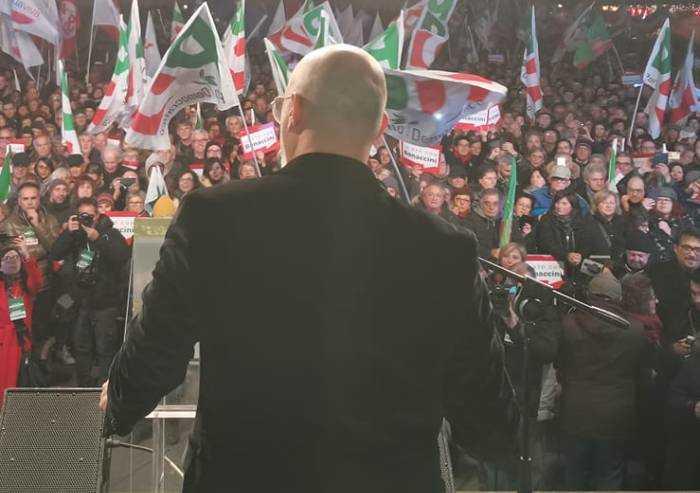 Dedicato a quelli che 'bisogna votare Bonaccini contro i barbari'...