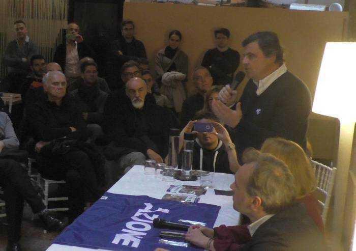 Calenda contro PD e Borgonzoni, 'sposa' Bonaccini: 'Ha governato bene'