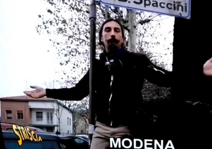 Striscia la Notizia a Modena: 'Città invasa da spacciatori'