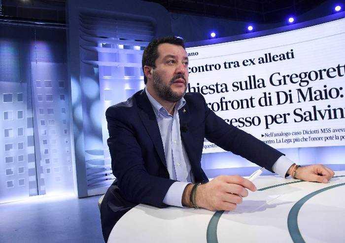 Caso Gregoretti, Pd e M5S ora chiedono di votare su Salvini dopo il 26