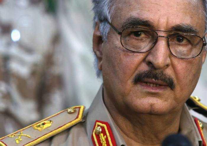 Libia, cessate il fuoco entra in vigore, Italia fuori dai giochi