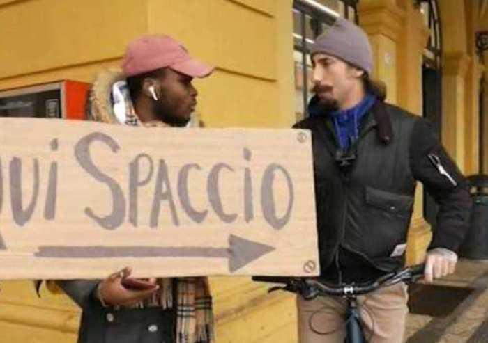Dopo Modena, lo spaccio a Monza e Brumotti viene aggredito
