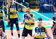 Leo Shoes Modena Volley si impone 3-0..