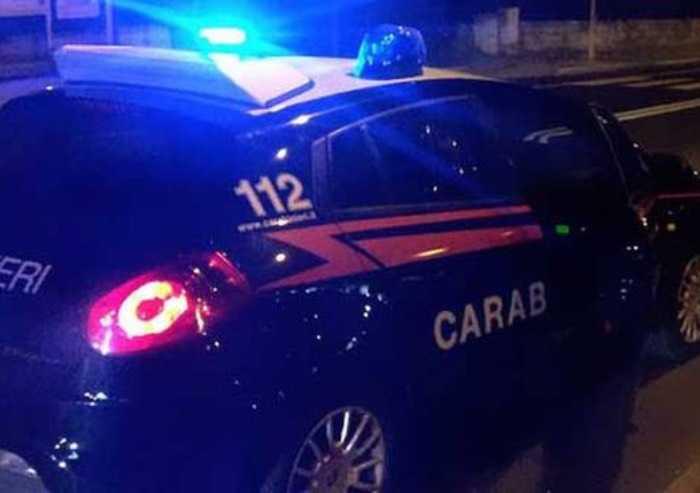 Rapina con pistola alla coop di Piumazzo: bandito in fuga
