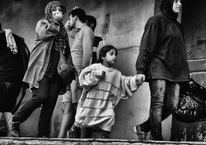L'esodo dei migranti negli scatti di Luigi Ottani