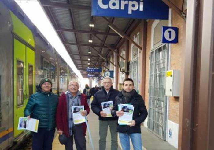 Carpi, Europa Verde: 'Volantinaggio in stazione per gli studenti'