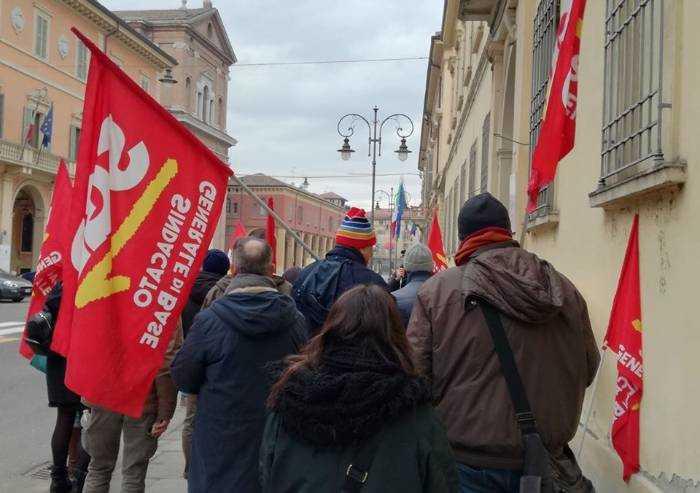 'Comune Reggio Emilia, salari tagliati in centrale operativa'