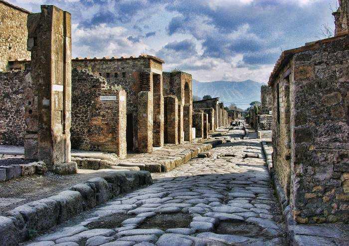 Requiem for Pompei, una mostra a Modena con le fotografie di Kenro Izu
