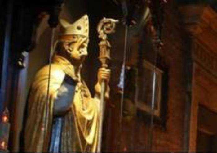 Oggi il Santo Patrono, tra ceri, bancarelle e corrida