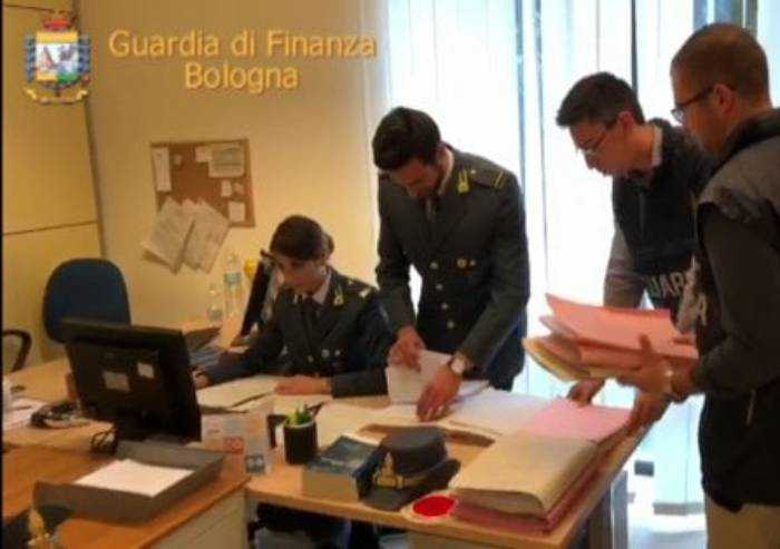 Sequestro per un milione a imprenditore modenese contiguo alle mafie