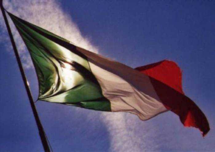 L'Italia non è Paese sovrano: doppia subalternità. Basta saperlo