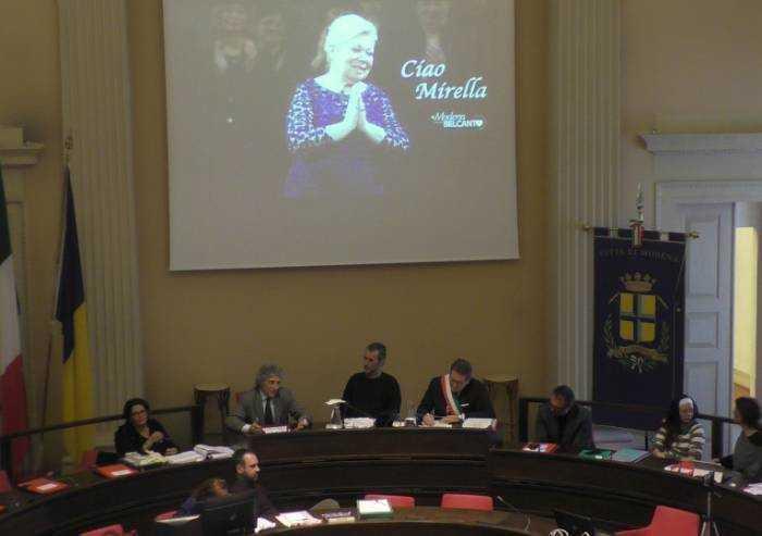In Consiglio comunale l'omaggio a Mirella Freni