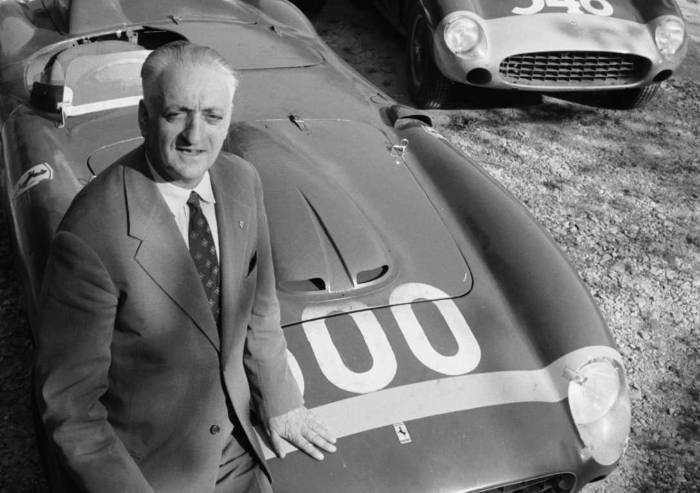 Il compleanno del Mito, 122 anni nasceva Enzo Ferrari