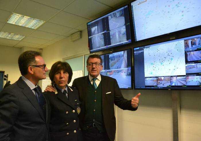 Polizia municipale, la visita del prefetto di Modena