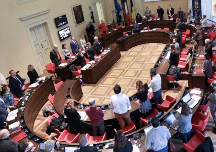 Modena, da un anno le sedute del Consiglio comunale sono... un'eccezione