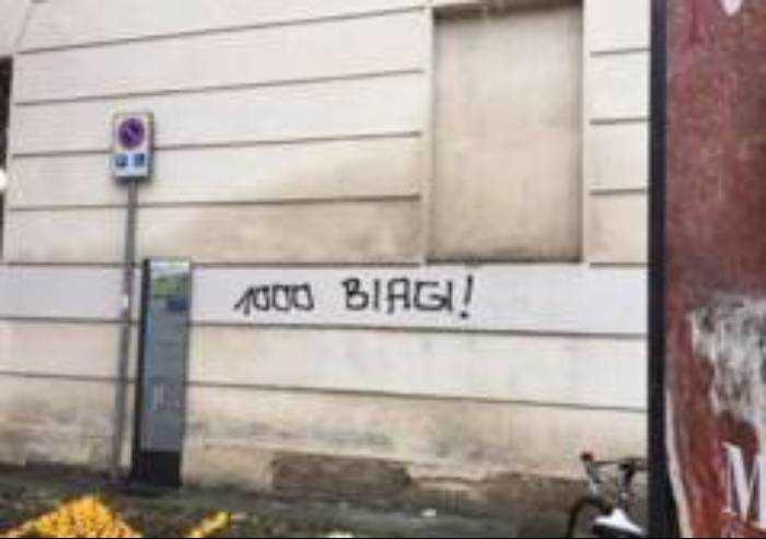 Scritte infamanti contro Biagi, assolti i due ragazzi