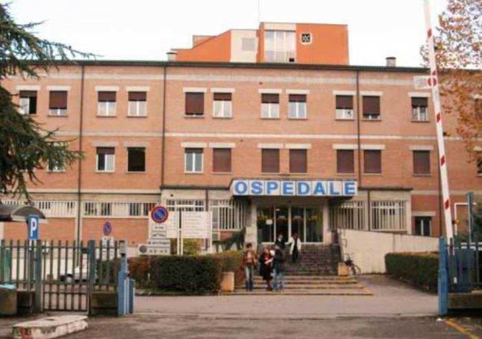 Coronavirus, chiudono pronto soccorso di Correggio e Scandiano