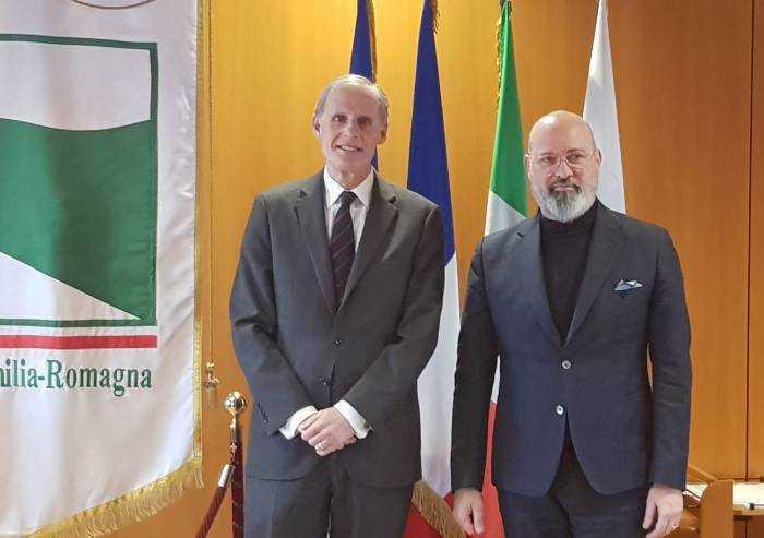 Coronavirus, Bonaccini con l'ambasciatore francese: 'Forte amicizia'