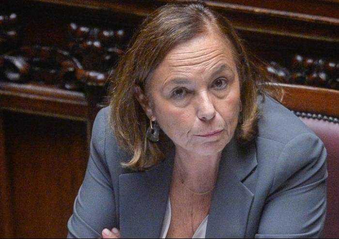 Il ministro dell'Interno: 'Spostamenti motivati con autodichiarazioni'